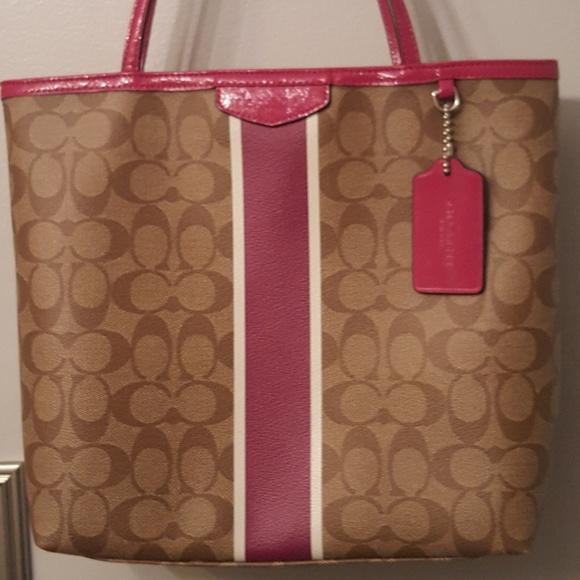 Coach Handbags - Coach Berry Heritage Stripe Tote